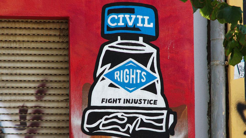 Viele Grundrechte scheinen an jedem kriminalitätsbelasteten Ort (KBO), oder auch Gefahrengebiet, nur selten gegeben.