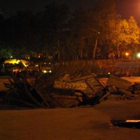 Leerung des Gezi-Parks mit Bulldozern